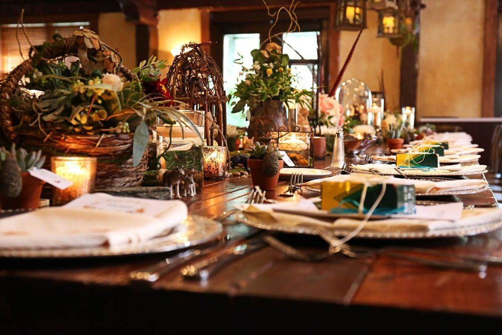 Outdoors-Themed-Table-Decor