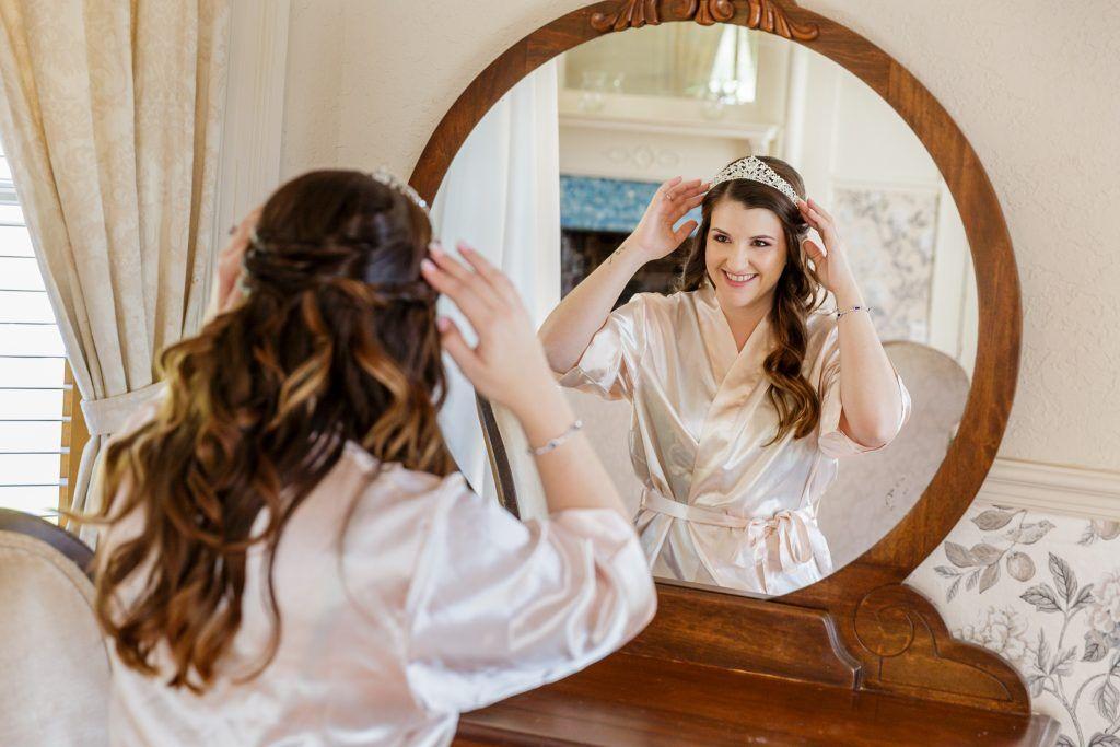 bride getting ready by Orlando Destination Wedding Photographer