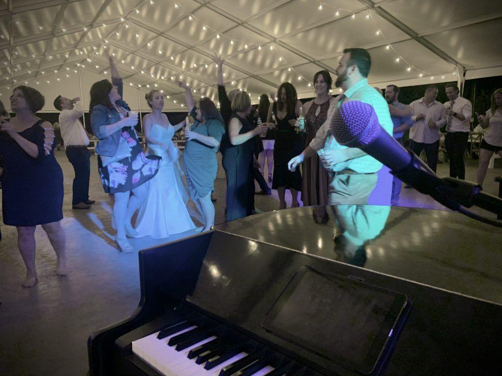 dueling piano wedding