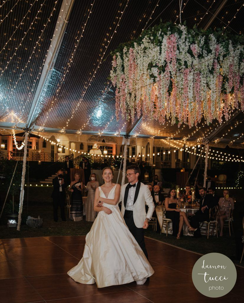 bride-and-groom-on-dance-floor