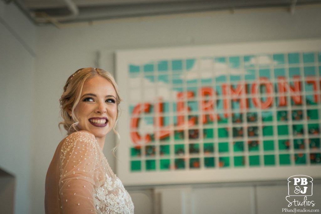 Bride gets married in Clermont Florida