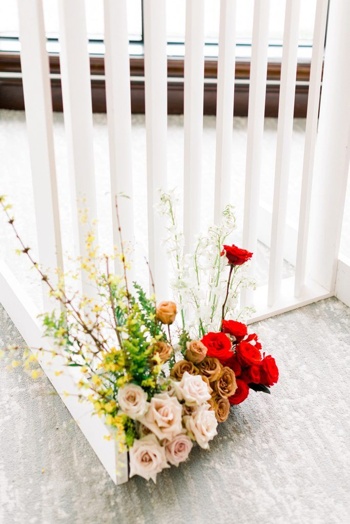 add pops of color to wedding flowers